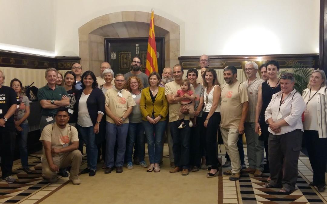Carme Forcadell rep les conclusions de La Marxa Som al Parlament